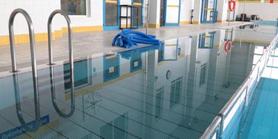 zamontowane wypłycenie na basenie