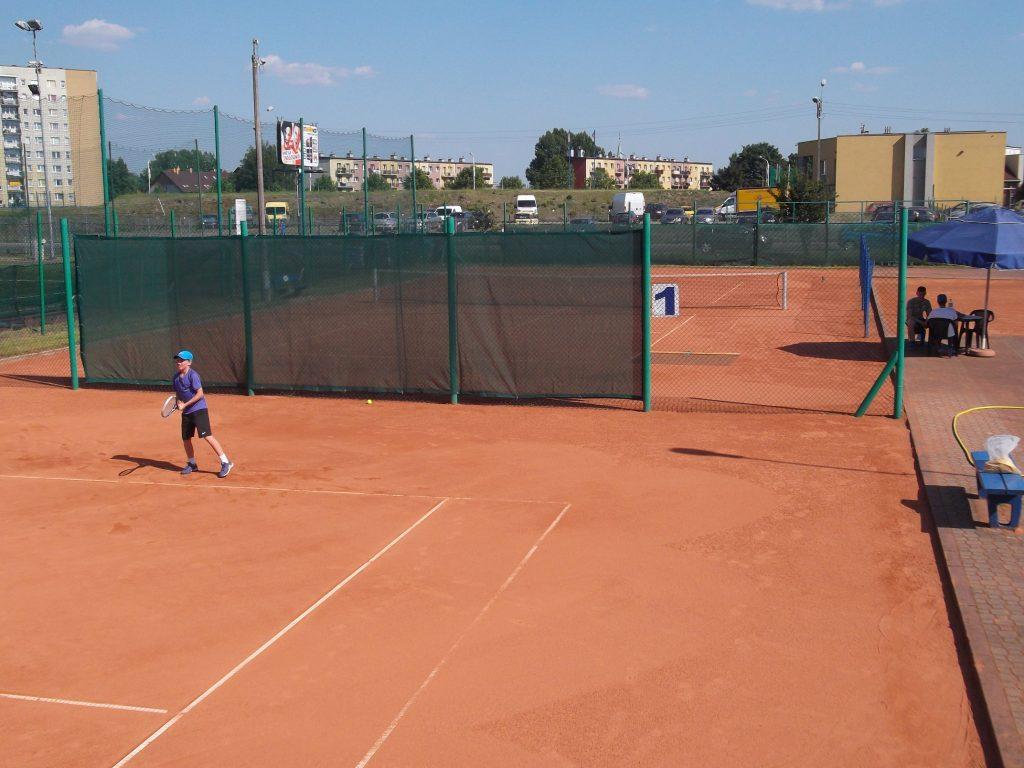 kort tenisowy - trening zawodnika