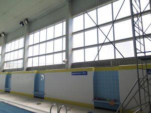 wymienione naświetla na basenie