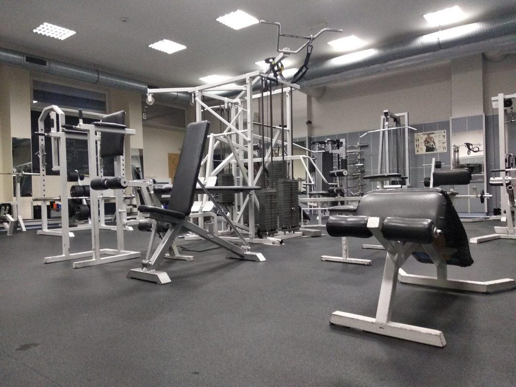 maszyny na siłowni czwarta część